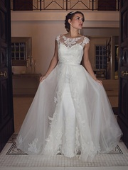 High-Quality Designer Wedding Gowns For Your Big Day in Buckinghamshir